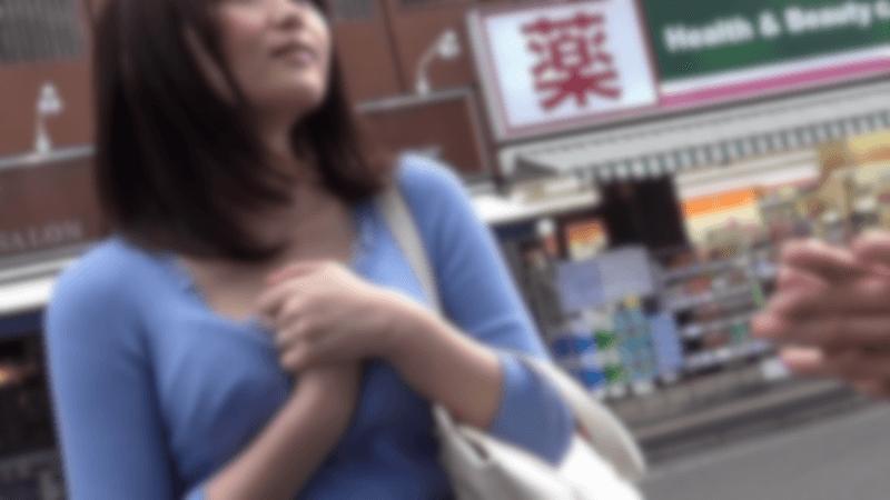 デパート・百貨店でショッピングしている人妻は意外な狙い目